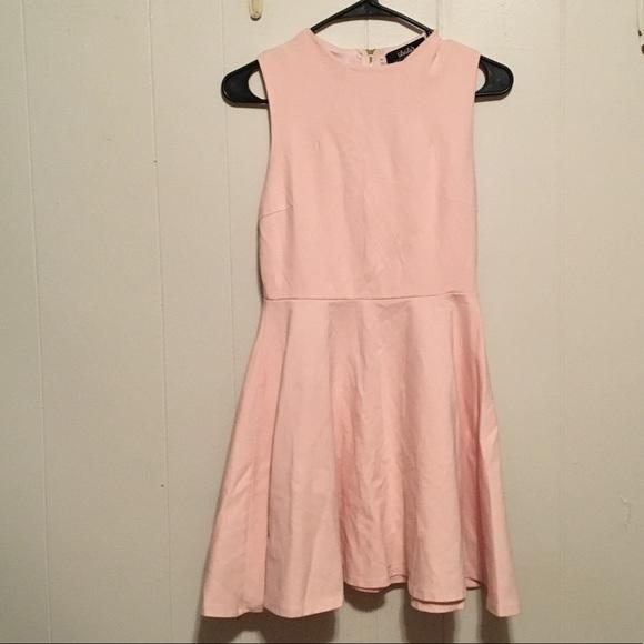 Lulu's Dresses & Skirts - Lulus pink skater dress